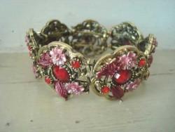 Bracelet vintage rose et rouge style baroque