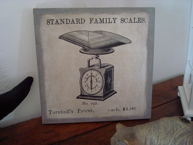 Tableau toile avec une balance de ménage ancienne