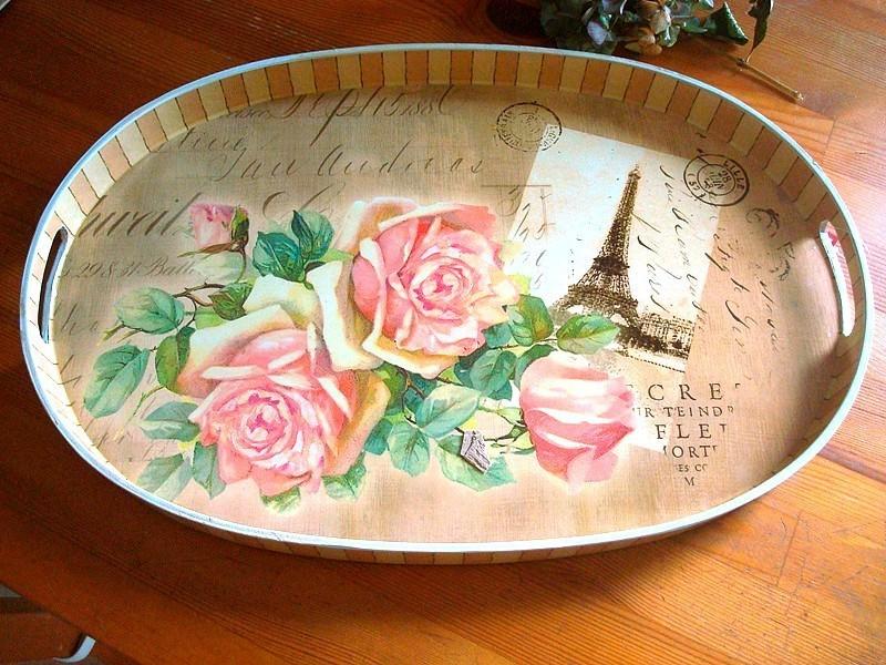 Plateau de cuisine décor roses et tour Eiffel style shabby chic