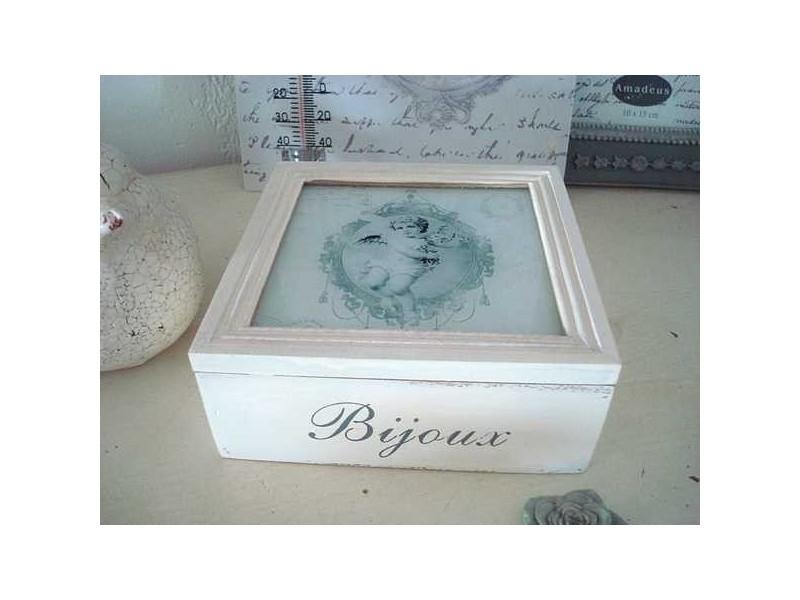 Petite boite à bijoux au décor d'ange sur un air gustavien