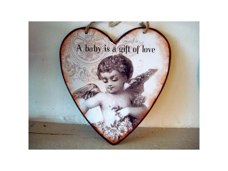 Suspension coeur en métal décorée d'un ange style cosy