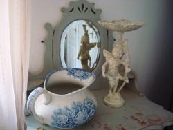 Statuette angelot en fonte blanche style cosy