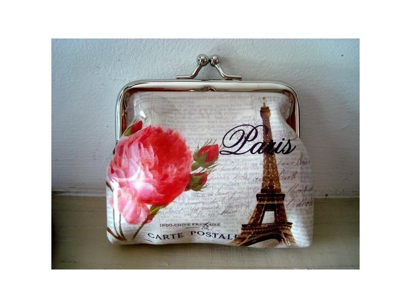 Porte monnaie rose et Tour Eiffel, accessoire de mode vintage