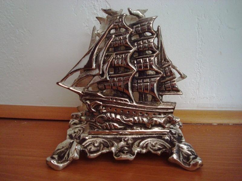 Porte lettre voilier argenté ambiance marine