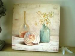 Cadre déco carré au coquillage et fleurs blanches