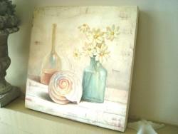 Cadre déco carré au coquillage et fleurs blanches, ambiance bord de mer