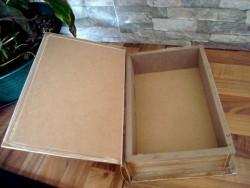 Boîte vintage métal en forme de livre pour cuisine, déco vintage