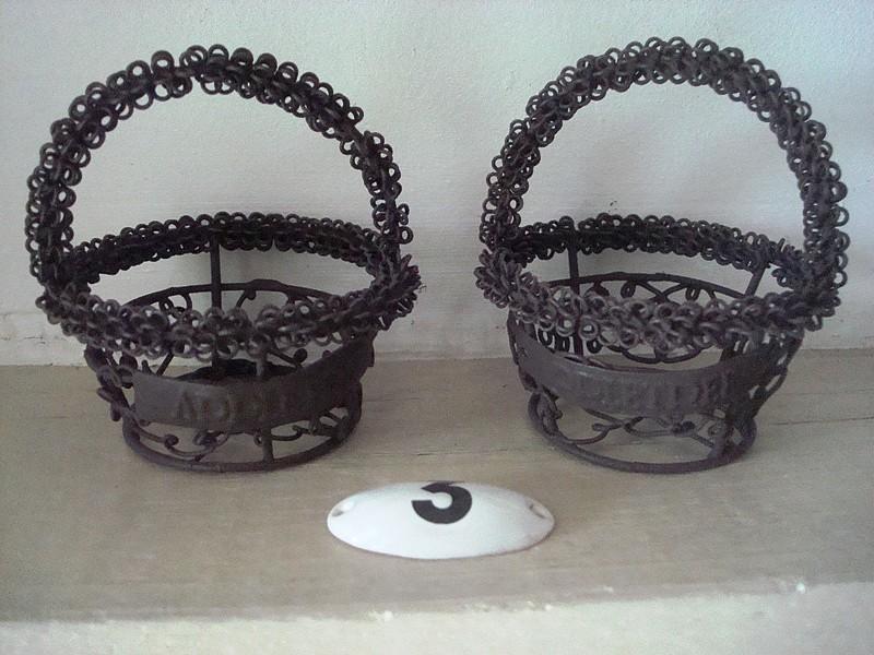 Duo de minis paniers ronds en fil de fer aspect vieilli style champêtre