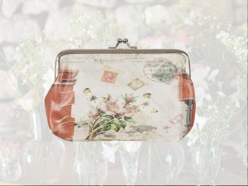 Grand porte-monnaie fantaisie fleurs et papillons