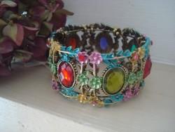 Bracelet manchette fantaisie perles à facettes multicolores