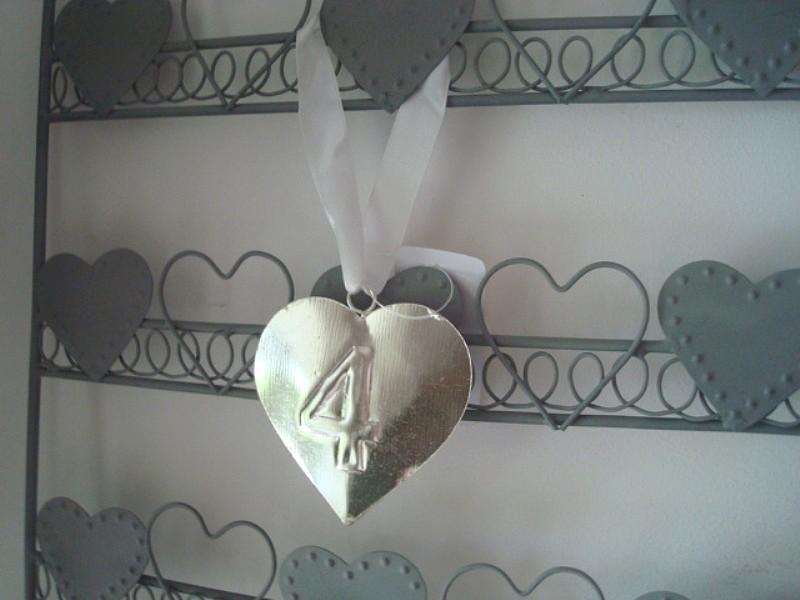Suspension coeur numéro 4, style cosy