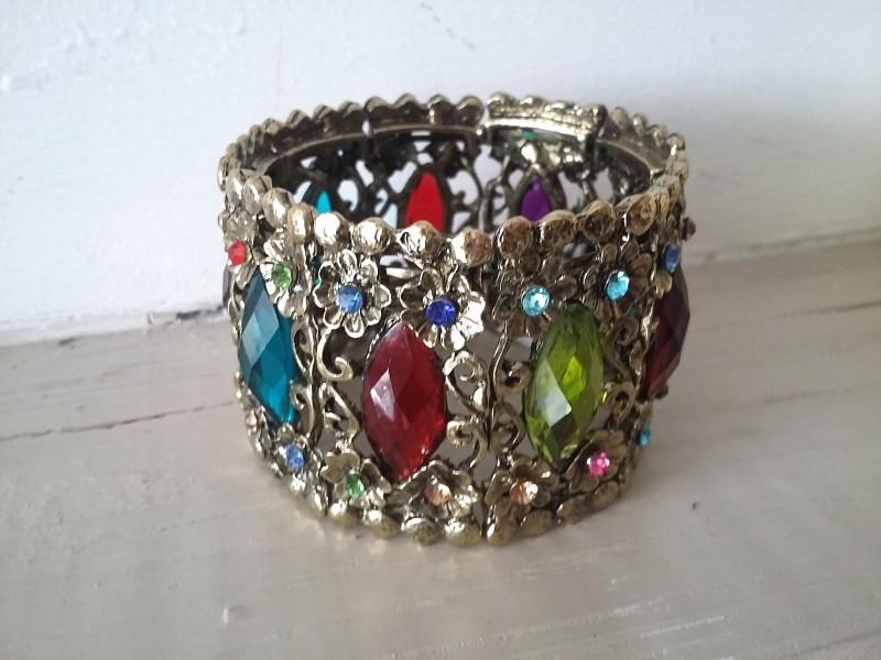 Bracelet manchette multicolore ajustable