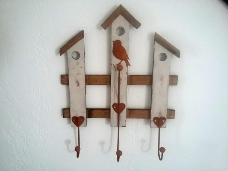 Patère murale champêtre aux 3 crochets coeurs et oiseaux