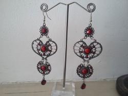 Boucles d'oreilles vintage pendant perles rouges bordeaux