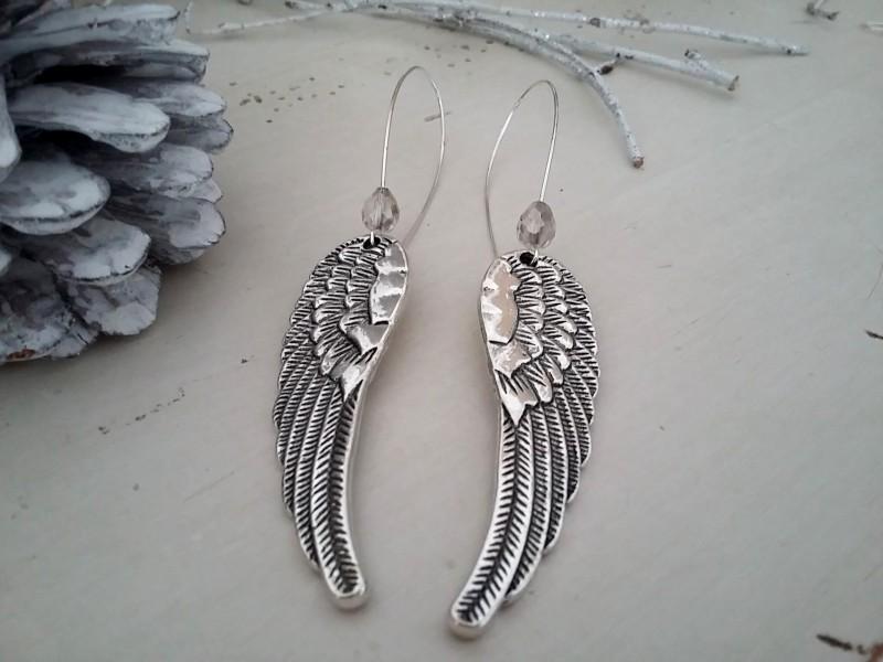 Boucles d'oreilles dormeuses aux ailes d'ange
