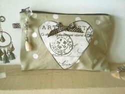 Pochette de sac vintage au coeur gris faite main