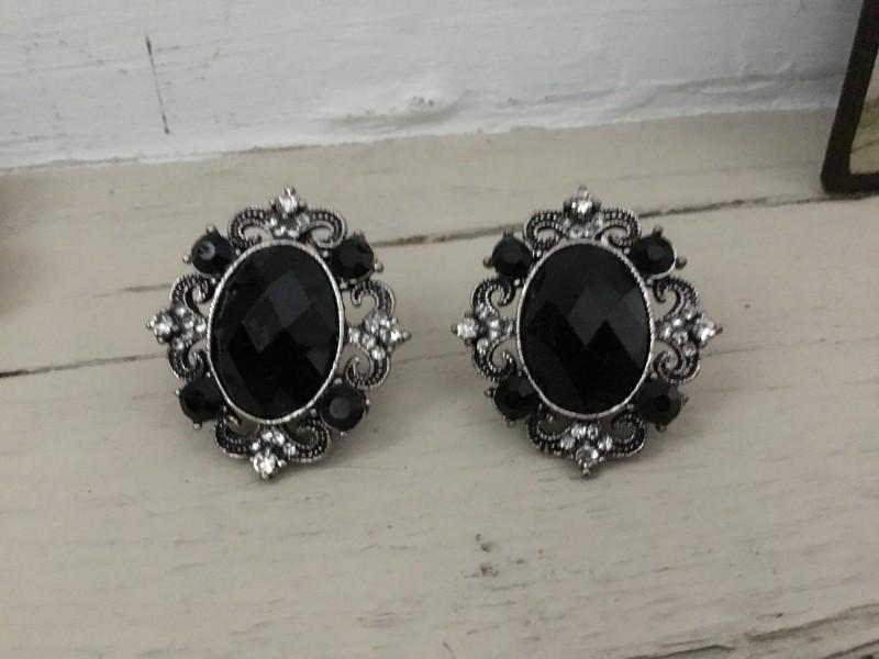 Boucles d'oreilles vintage perles ovales noires
