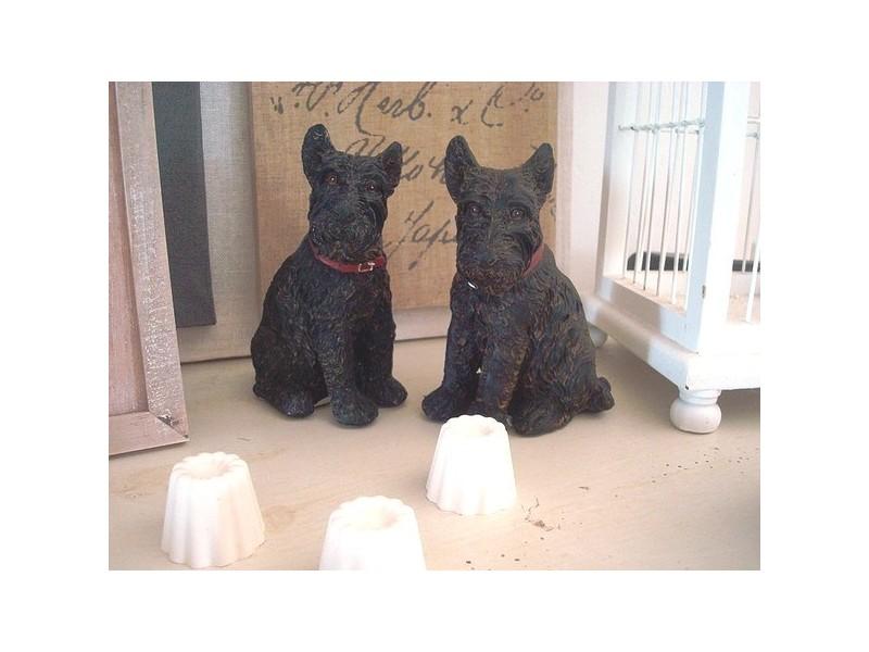 Duo de statuettes vintage chiens scottishs terrier
