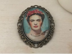 Broche originale Frida KAHLO coloris bronze