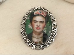 Broche originale Frida KAHLO coloris argenté