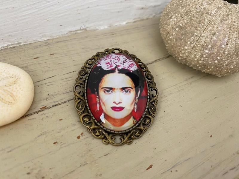 Broche vintage Frida KAHLO sur support coloris bronze