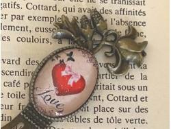 Marque page fleur rétro au coeur love