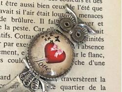 Marque page au hibou acec un coeur rouge et LOVE