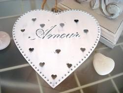 """Coeur à suspendre en métal """"Amour"""" déco à coeur, déco cosy"""