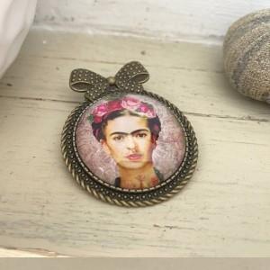 Broche bijoux de créateur style vintage et rétro